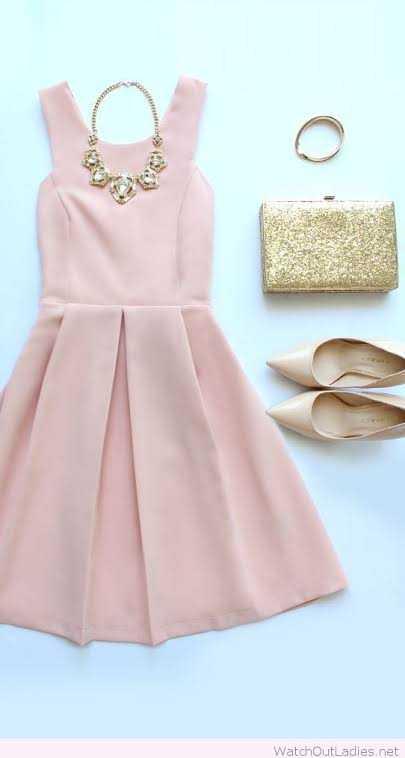 💗पिंक ड्रेस डे - WatchOutLadies . net - ShareChat