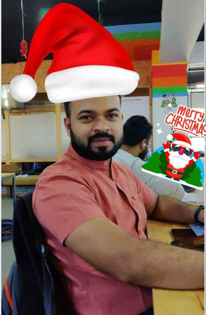 🎅🏻सेल्फी विथ सांता हैट🤳🏻 - * merry CHRISTMAS X - ShareChat