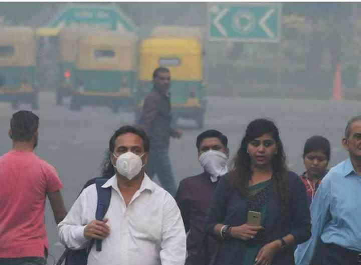 😷 દિલ્હીમાં પ્રદૂષણનો પ્રકોપ - ShareChat
