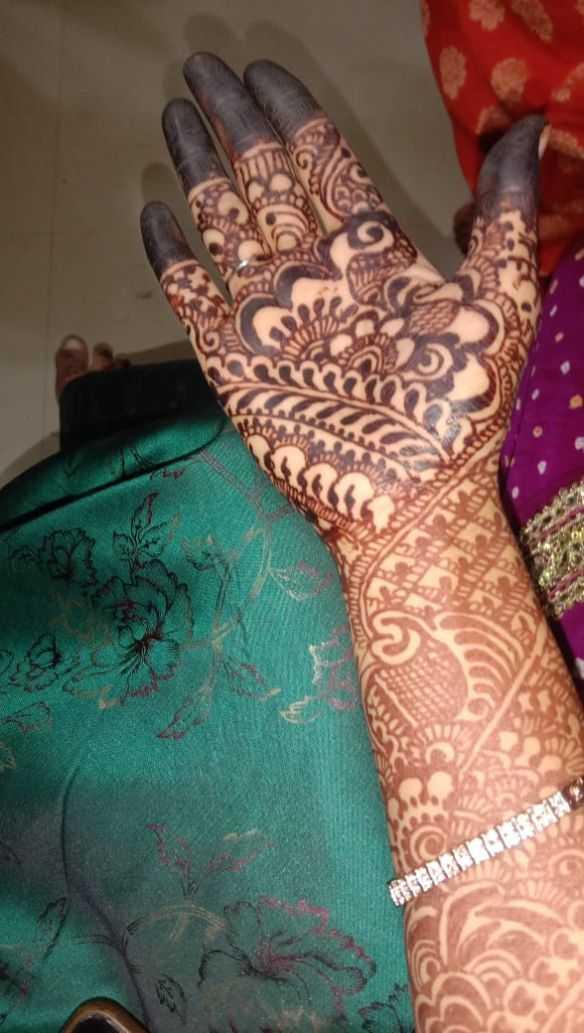 🤳 લગ્ન સેલ્ફી - ShareChat