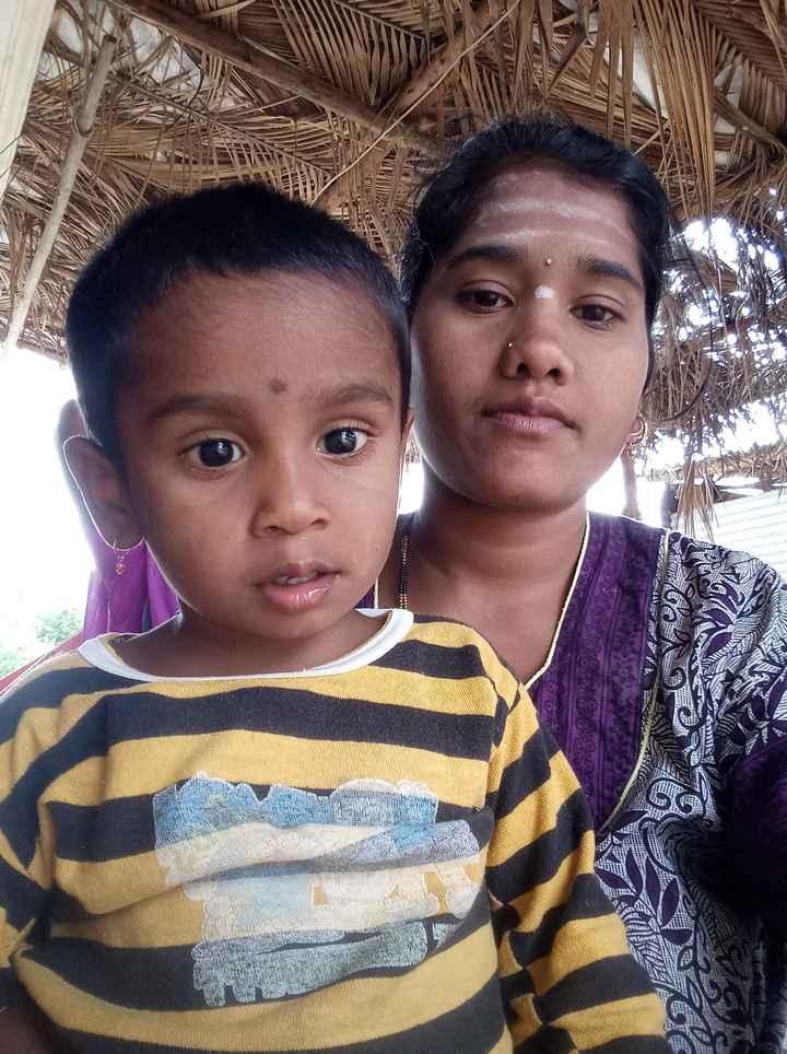 🤳 ಮಕ್ಕಳ ಜೊತೆ ಸೆಲ್ಫಿ - INS after WA Durat SO 8 VIS 660110X ST 2013 - ShareChat