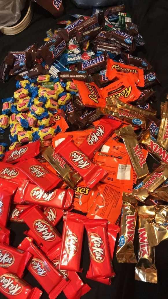 🍬മിഠായി ഡേ - Kitkat KitKat Kitkat LIWA MX KitKat TWX ses TWX XMIL Kitkat 20 ( KitKat ) AL kee Pee NETWO lu FRS RASMICKERS TUNGRY ? ses SNICKERS ko ISRAEL SEE WEKERS - ShareChat