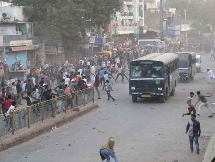 👮♂️ I Support ગુજરાત પોલીસ - ખાન , - ShareChat