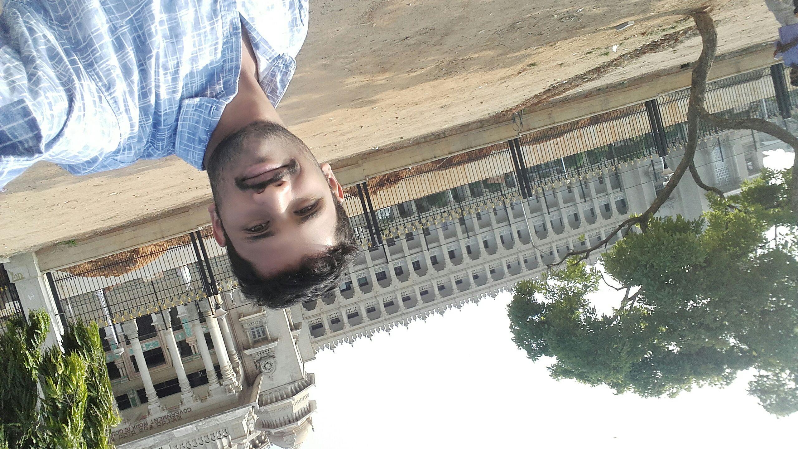 ಮುದ್ದಾದ ಸೆಲ್ಫಿ - ShareChat