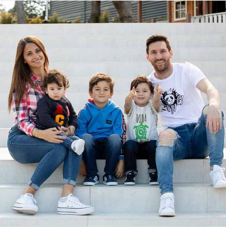 MESSI MAGIC - G Royal - DG Kav - ShareChat