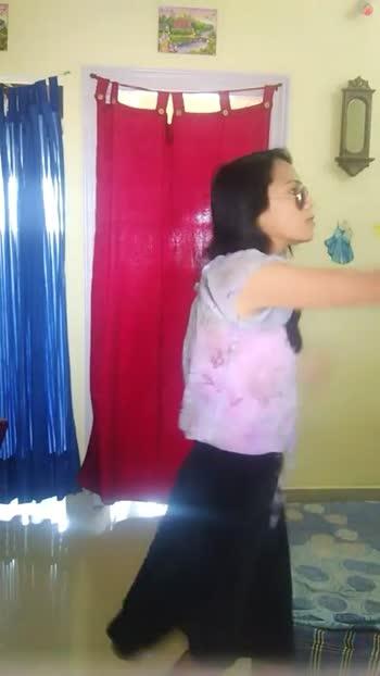 🎦 ಕಾಮಿಡಿ ಸಿನಿಮಾ ಸೀನ್ - ShareChat
