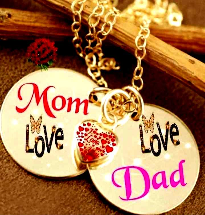 love mom😘😘😘 - Mom Love Love Dad - ShareChat