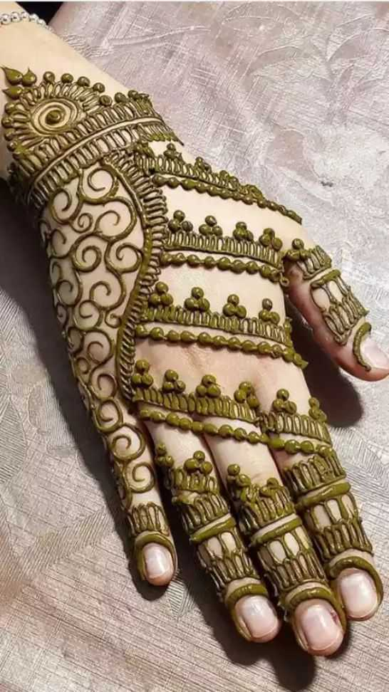 mehandi designs - SOOS CALEA VON COUTURE - ShareChat