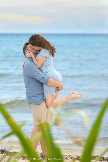 romantic 😘 - CLIDIA GROSSOS PHOTOSMILY PHOTOS . COM - ShareChat